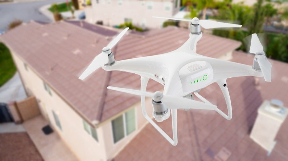 4 Advantages of Using Drones to Sell Your Home